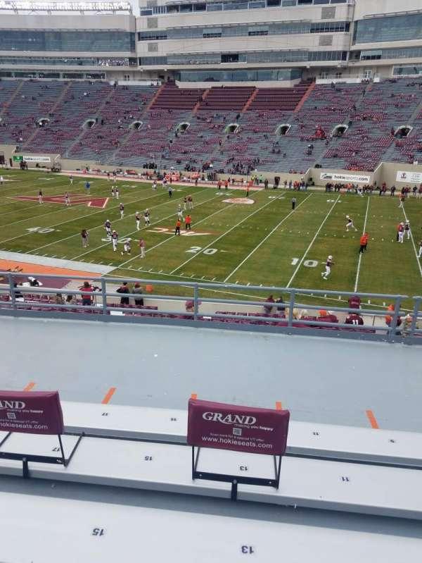 Lane Stadium, sección: 3, fila: LL, asiento: 13