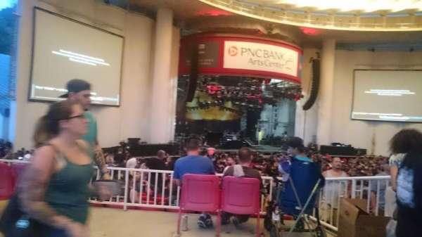 PNC Bank Arts Center, sección: 304, fila: A, asiento: 17