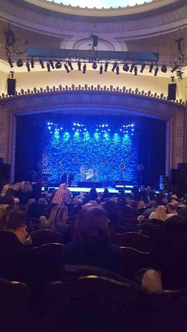 Hackensack Meridian Health Theatre, sección: Orchestra R, fila: V, asiento: 10