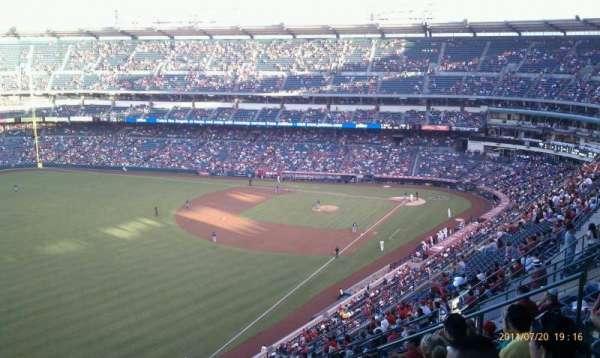 Angel Stadium, sección: V505, fila: L, asiento: 12