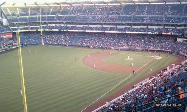 Angel Stadium, sección: V505, fila: L, asiento: 13