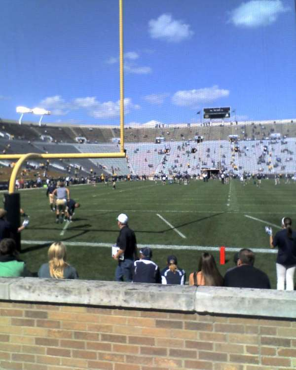 Notre Dame Stadium, sección: 18, fila: 7, asiento: 14