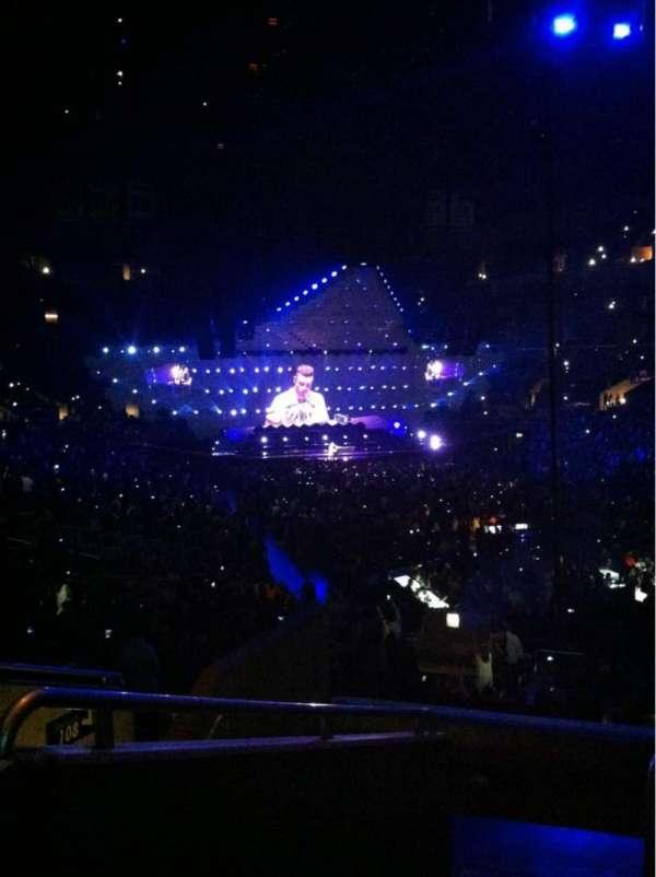 Staples Center, sección: 209, fila: 7, asiento: 16