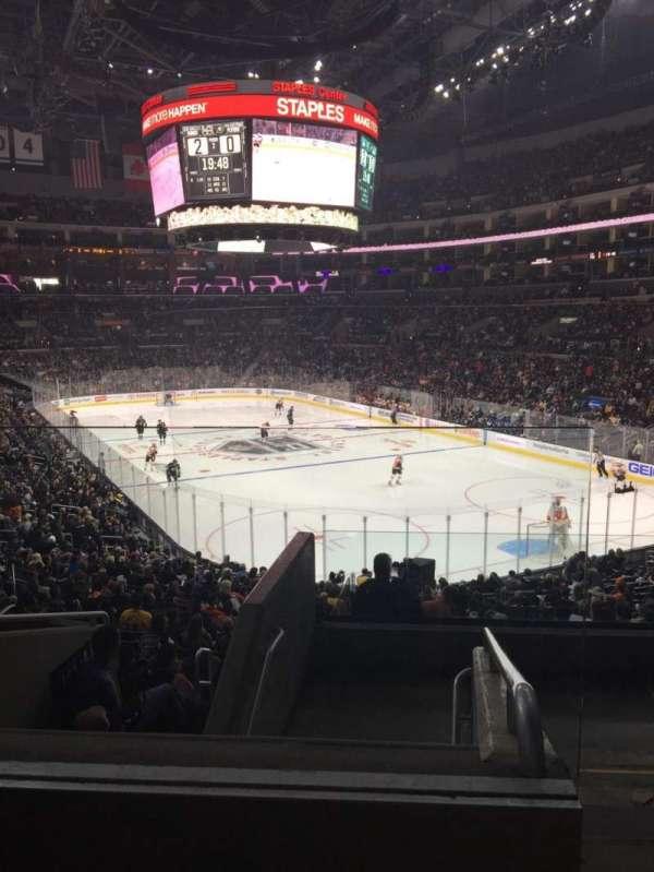 Staples Center, sección: 209, fila: 7, asiento: 19