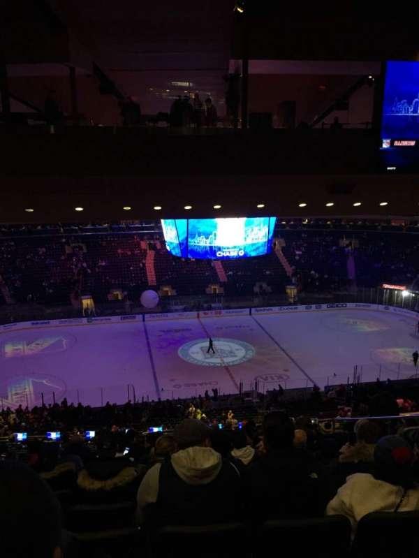 Madison Square Garden, sección: 210, fila: 18, asiento: 13