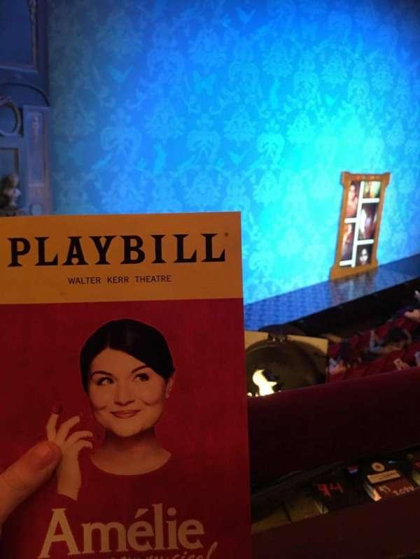 Walter Kerr Theatre, sección: Mezz Left, fila: A, asiento: 23