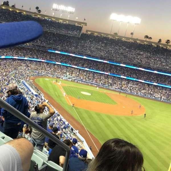 Dodger Stadium, sección: 56RS, fila: T, asiento: 2