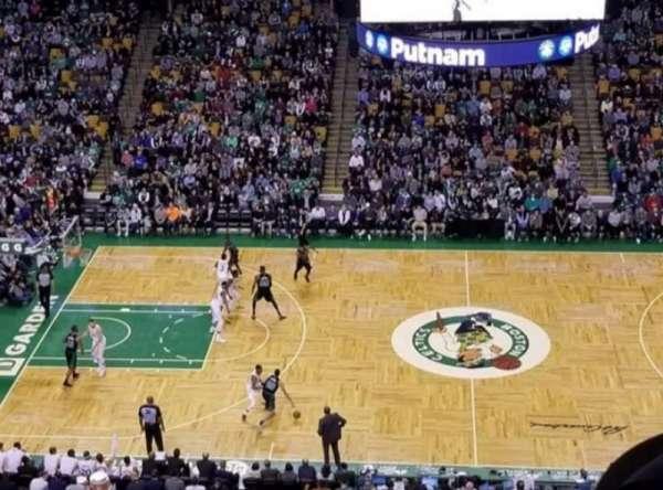 TD Garden, sección: Bal 302, fila: 4, asiento: 11&12