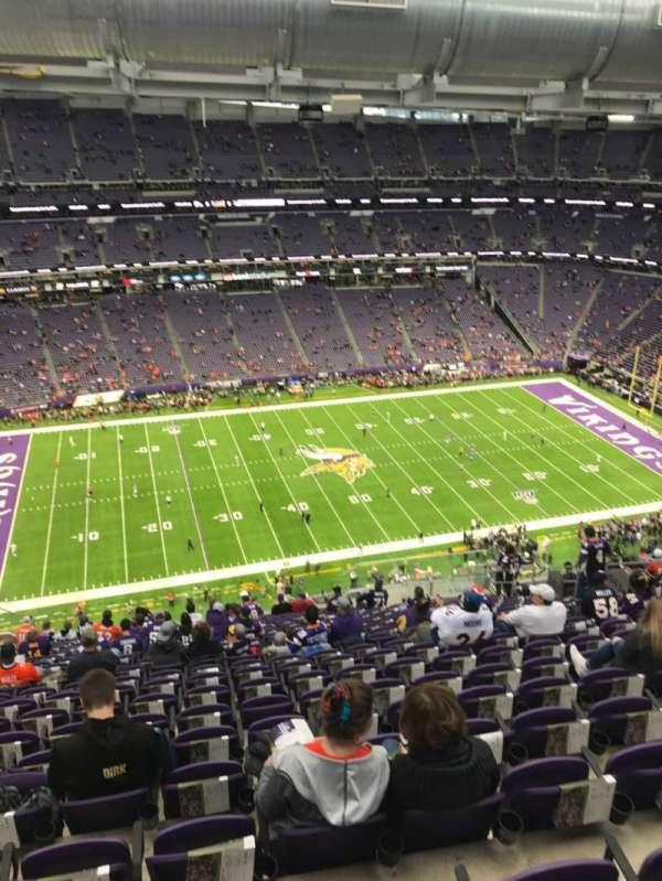 U.S. Bank Stadium, sección: 343, fila: 21, asiento: 13