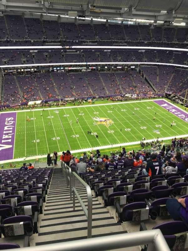 U.S. Bank Stadium, sección: 344, fila: 21, asiento: 1