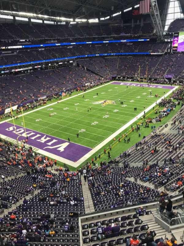 U.S. Bank Stadium, sección: 350, fila: A, asiento: 15