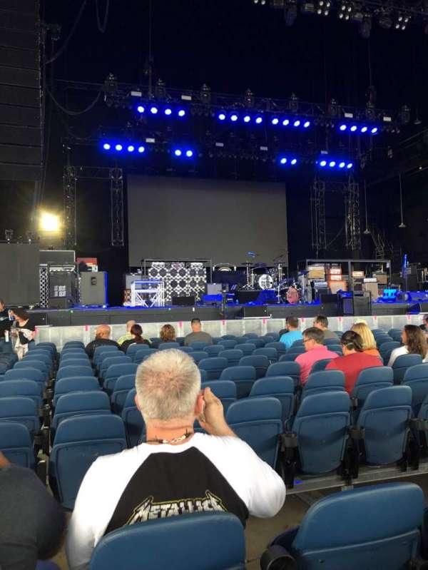 PNC Music Pavilion, sección: 2, fila: L, asiento: 31-32