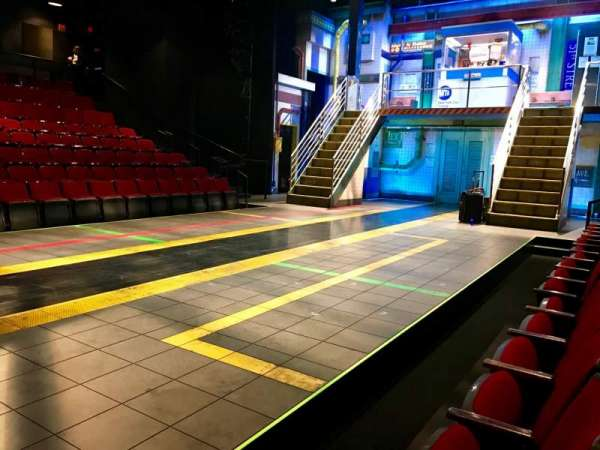 Circle in the Square Theatre, sección: Orchestra 200 (Even), fila: A, asiento: 202