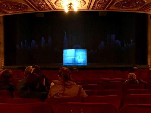 Walter Kerr Theatre, sección: Orchestra Center, fila: S, asiento: 106
