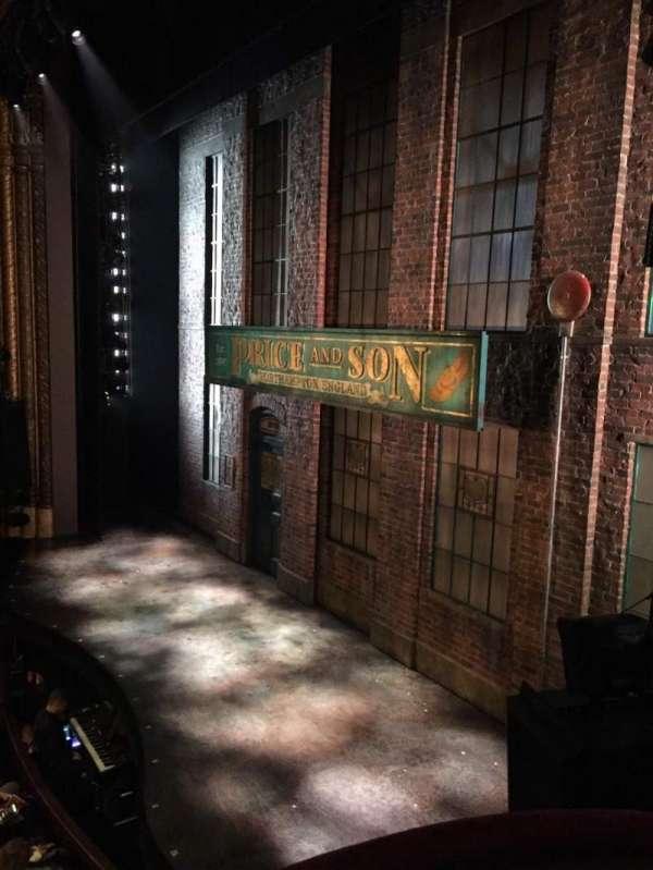 Al Hirschfeld Theatre, sección: Right box, fila: C, asiento: 8