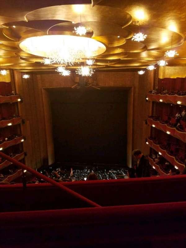 Metropolitan Opera House - Lincoln Center, sección: Family Circle, fila: B, asiento: 206