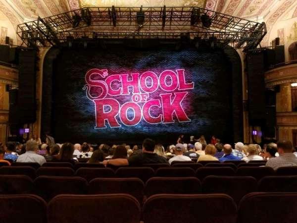 Winter Garden Theatre, sección: Orchestra, fila: Q, asiento: 107