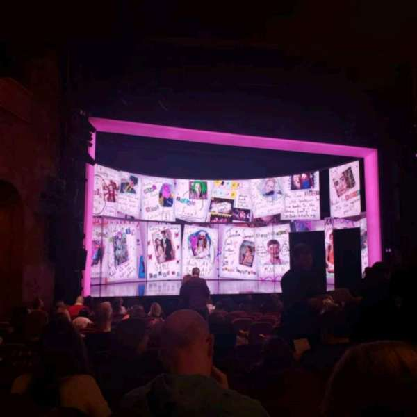 August Wilson Theatre, sección: Orchestra L, fila: Q, asiento: 9