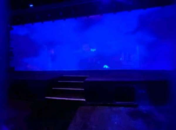 Blue Man Group Theater, sección: 103, fila: A, asiento: 1