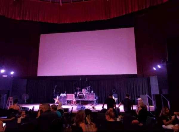 Stargazers Theatre, sección: Floor, fila: Back
