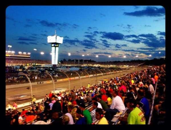 Richmond International Raceway, sección: Henrico ZZ, fila: 17, asiento: 1