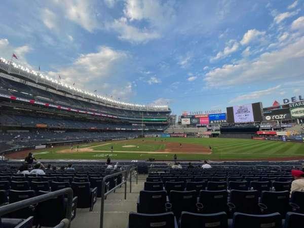 Yankee Stadium, sección: 115, fila: 12, asiento: 9