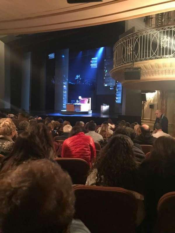 Music Box Theatre, sección: Orchestra R, fila: O, asiento: 28