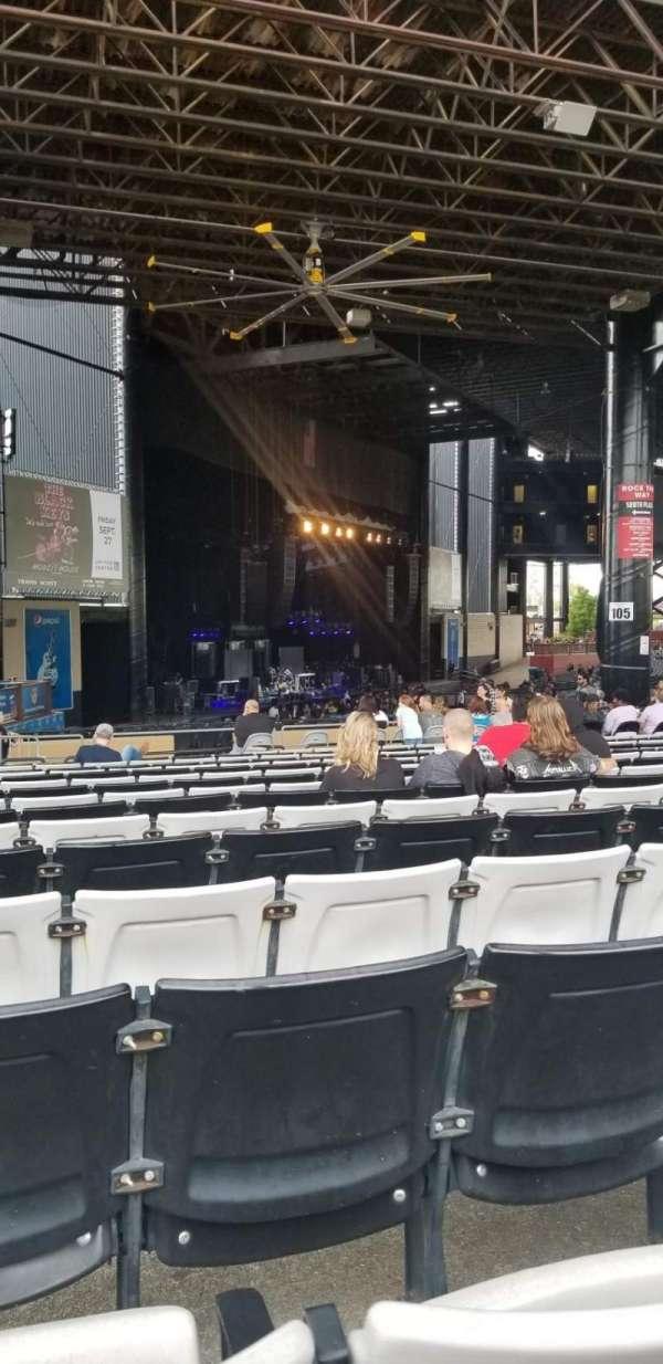 Hollywood Casino Amphitheatre (Tinley Park), sección: 207, fila: CCC , asiento: 29