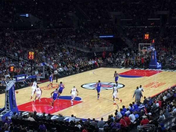 Staples Center, sección: 205, fila: 6, asiento: 10