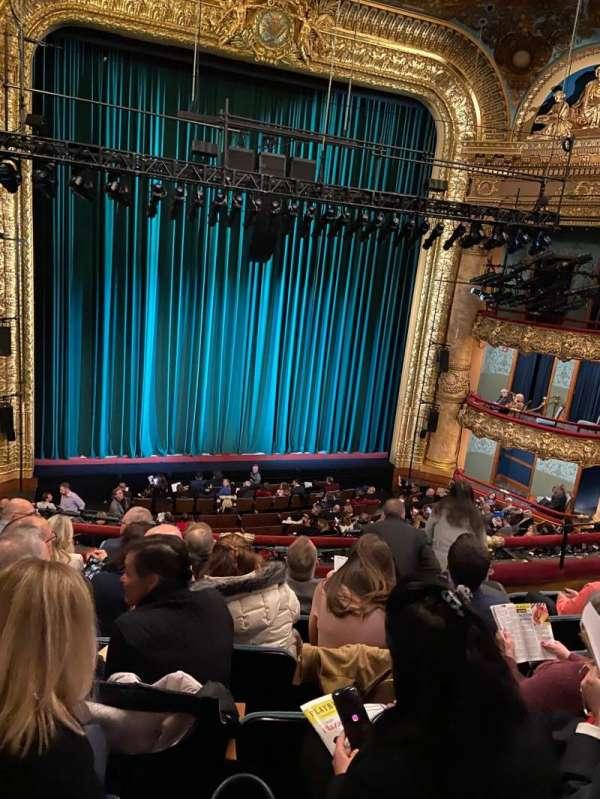 Emerson Colonial Theatre, sección: Dress Circle LC, fila: G, asiento: 117