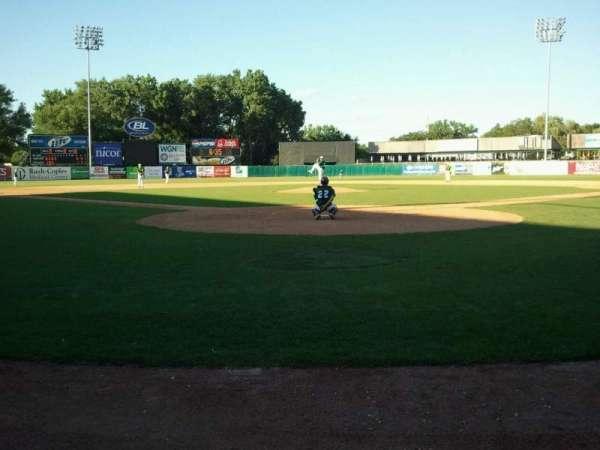 Northwestern Medicine Field, sección: Umpire, fila: Home