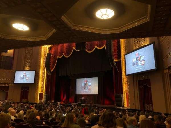 Stifel Theatre, sección: Orchestra Right, fila: Y, asiento: 14