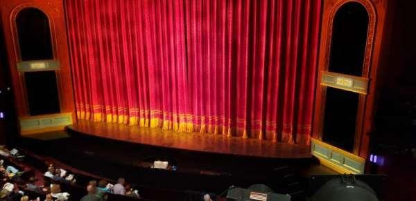 Marquis Theatre, sección: Mezzanine R, fila: A, asiento: 2