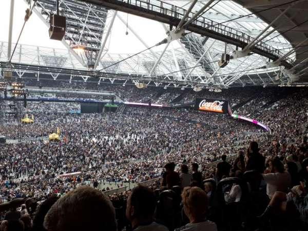 London Stadium, sección: 235, fila: 58, asiento: 469