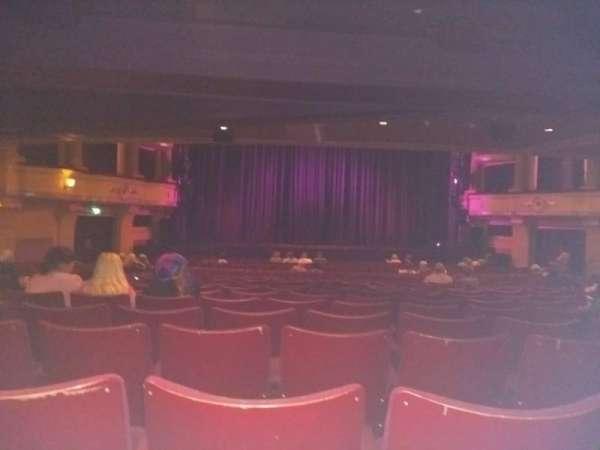 Birmingham Hippodrome, sección: Rear Stalls, fila: X, asiento: 32