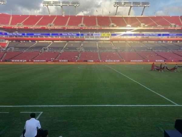 Raymond James Stadium, sección: 110, fila: A, asiento: 13-16