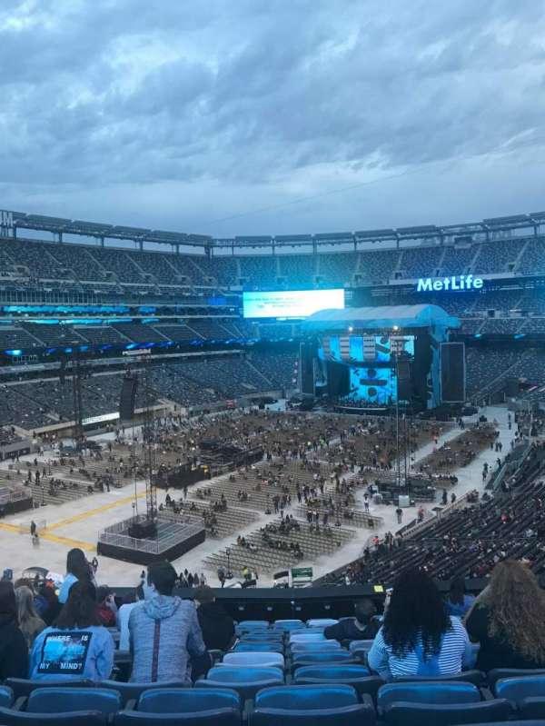 MetLife Stadium, sección: 221A, fila: 12, asiento: 9
