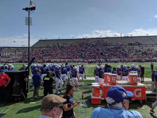 David Booth Kansas Memorial Stadium, sección: 6, fila: 3, asiento: 5