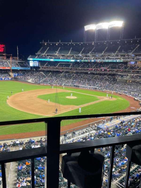 Citi Field, sección: 330, fila: 1, asiento: 14