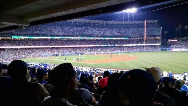 Dodger Stadium, sección: 38FD, fila: W, asiento: 7