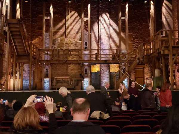 CIBC Theatre, sección: Orchestra C, fila: M, asiento: 107