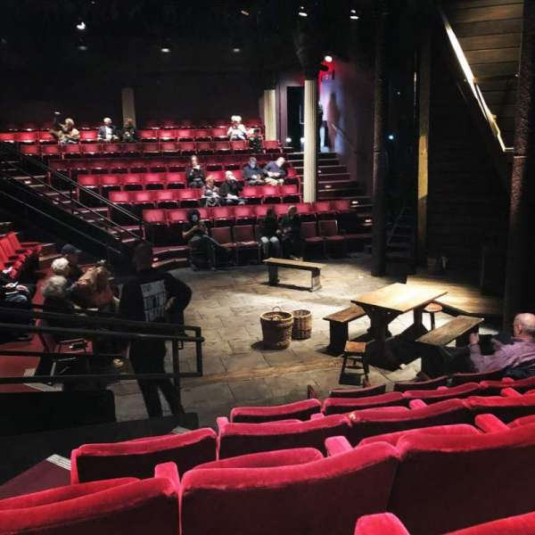The Anspacher Theater at the Public Theater, sección: Orchestra, fila: F, asiento: 10