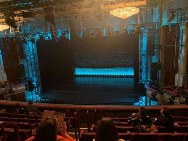 Broadhurst Theatre, sección: Mezzanine R, fila: H, asiento: 6