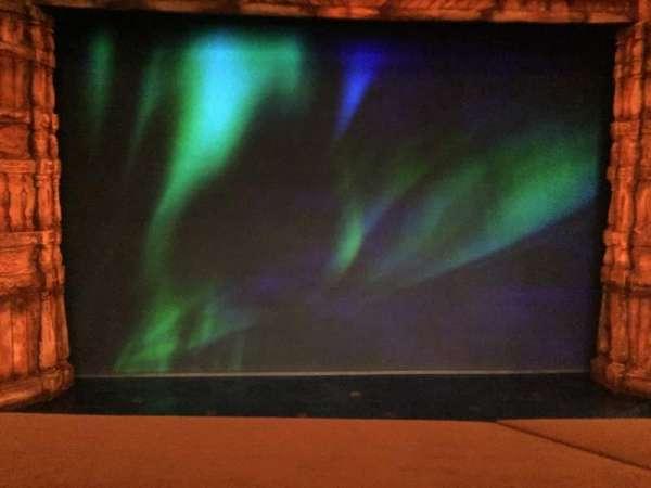 St. James Theatre, sección: MEZZ, fila: A, asiento: 110