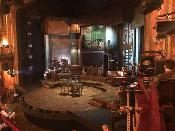 Walter Kerr Theatre, sección: Box A, fila: 1, asiento: 8