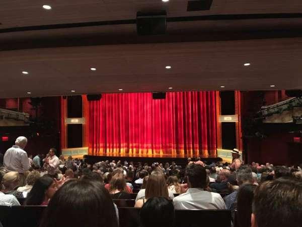 Marquis Theatre, sección: Orch, fila: X, asiento: 124