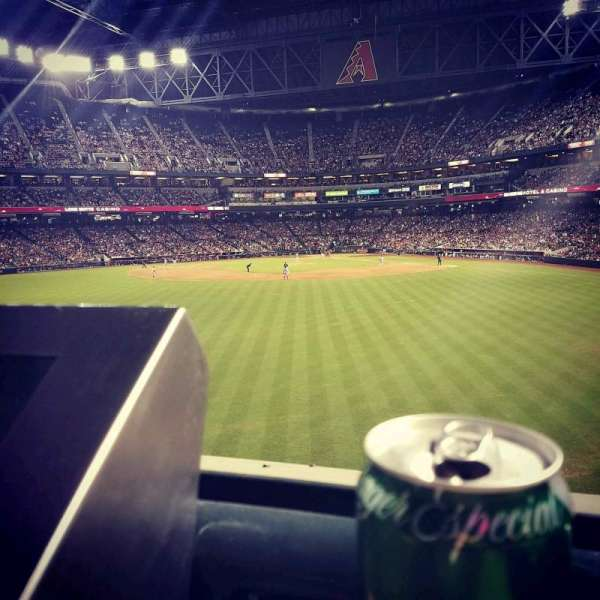 Chase Field, sección: Center Field, fila: 1