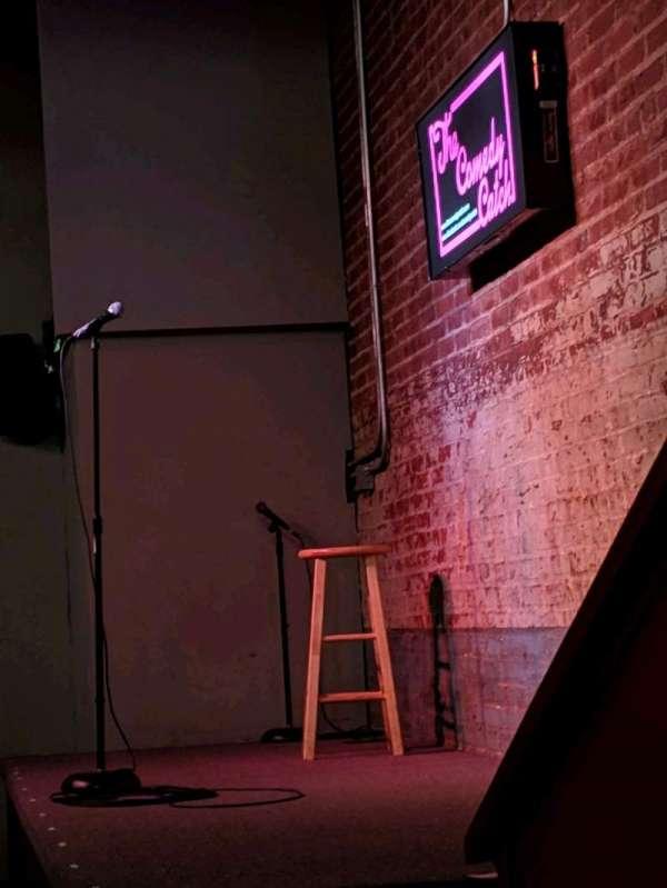 The Comedy Catch, sección: Main Floor, fila: 1, asiento: Table 6 seat 1