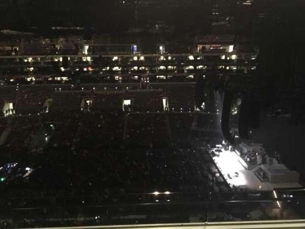Staples Center, sección: 334, fila: 2W, asiento: 9