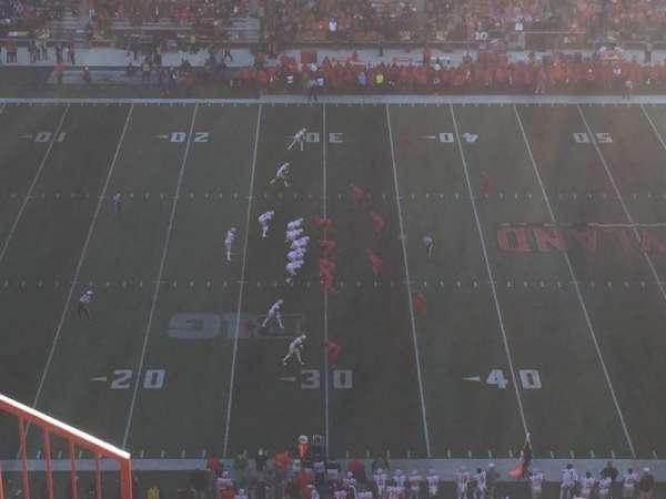 Maryland Stadium, sección: 305, fila: O, asiento: 3